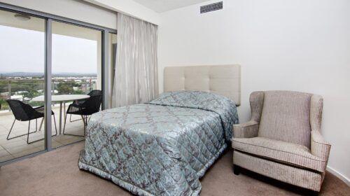blue-beachfront-apartment-interior-design (11)