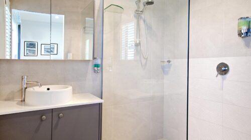 coastal-kawana-bathroom-design (6)