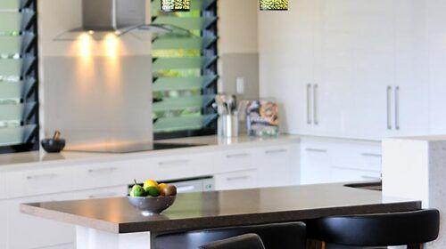 travers-jones-buderim-kitchen (6)